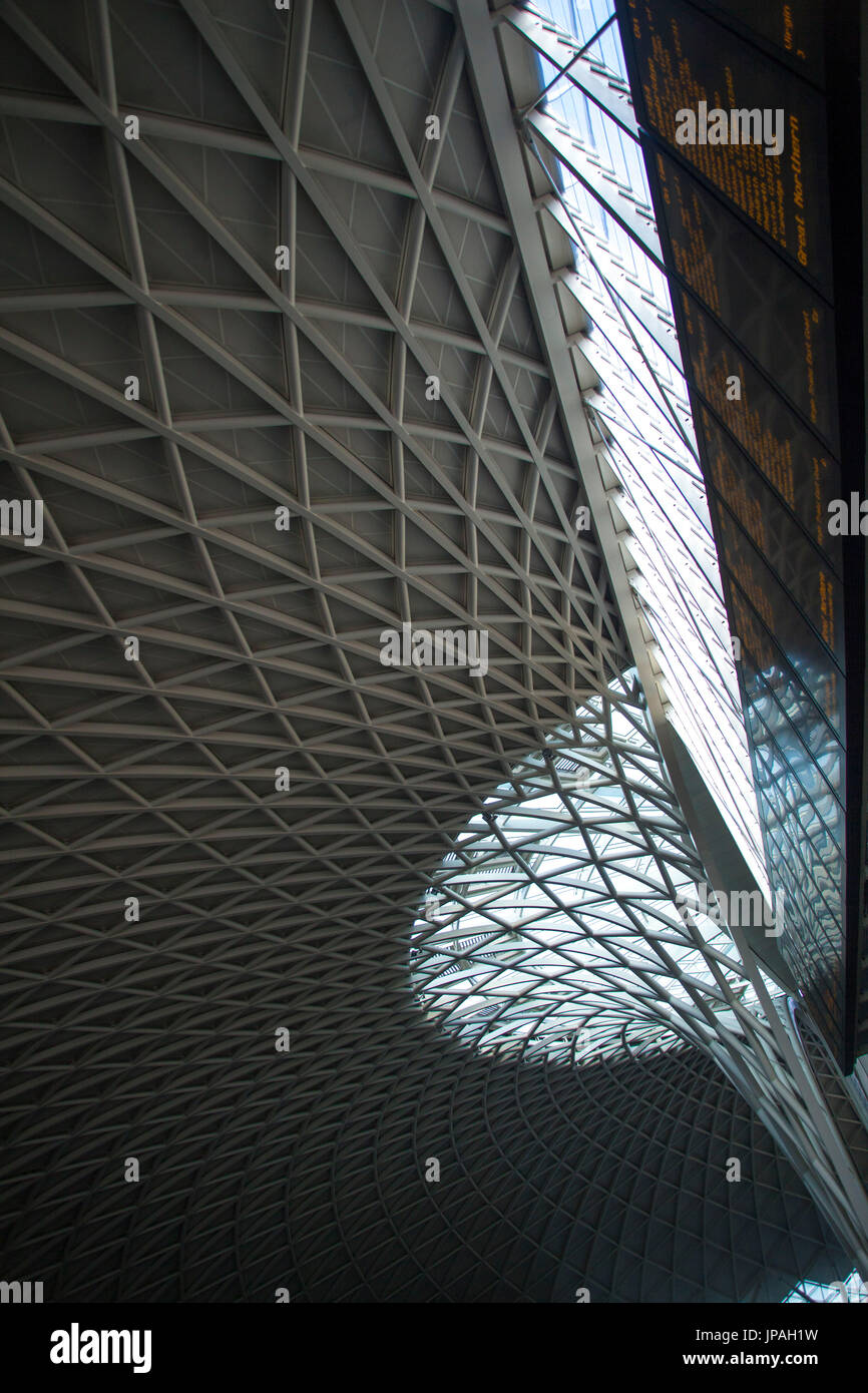 Steel-glass construction of the domed roof, British museum, London, England, Great Britain Stock Photo