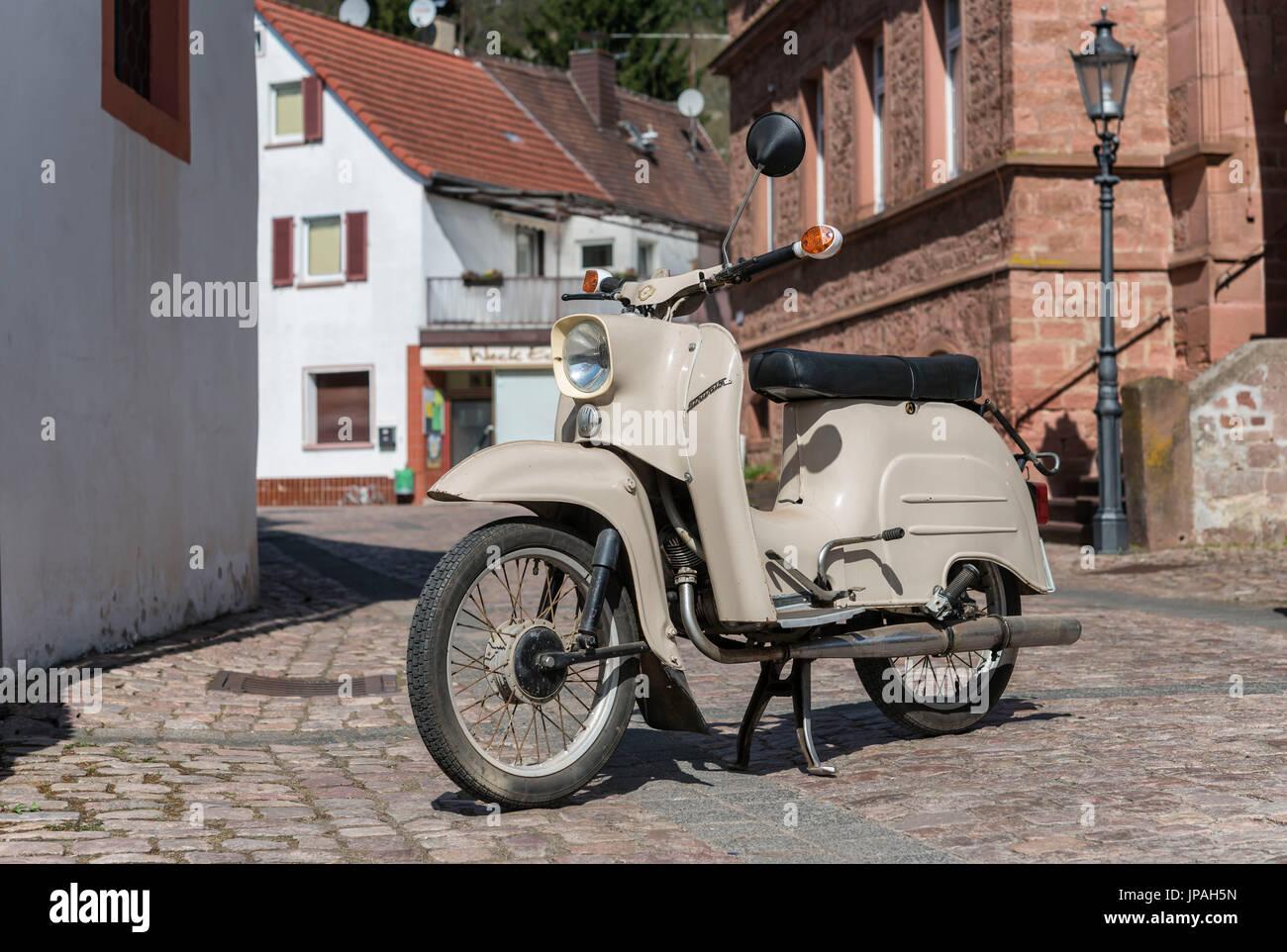 Breuberg, Hessen, Germany, moto scooter of the brand 'Simson Schwalbe'. Producer Fahrzeug- und Jagdwaffenwerk Ernst Thälmann, type KR50 - Stock Image