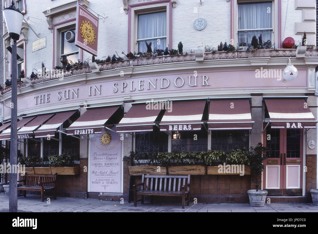 The Sun in Splendour pub, Notting Hill, London, England, UK, Circa 1980's - Stock Image