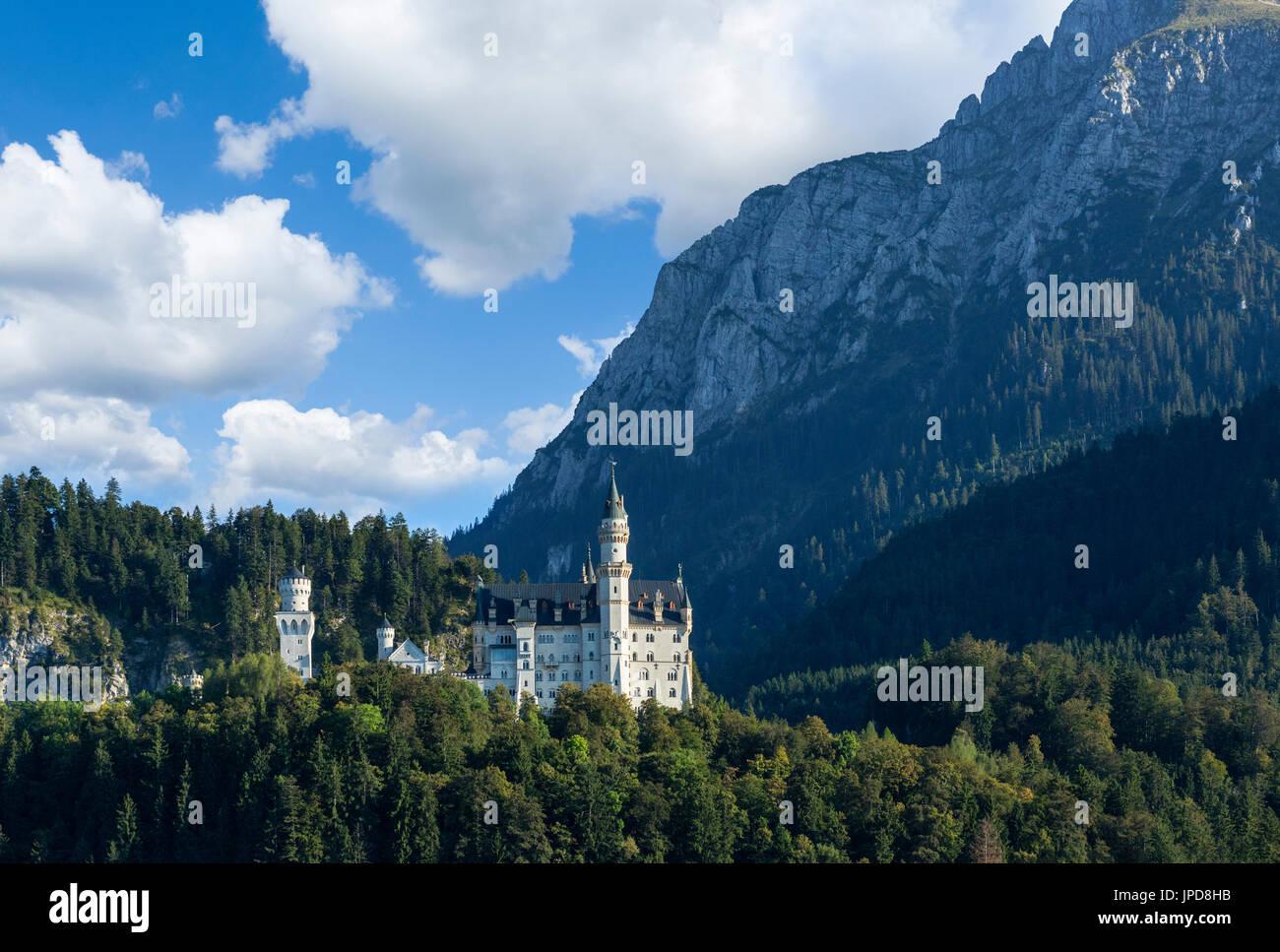 Neuschwanstein Castle (Schloss Neuschwanstein), Hohenschwangau, Germany - Stock Image