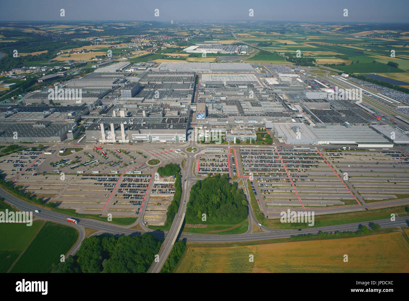 MEGA FACTORY WITH A YEARLY PRODUCTION OF 340,000 CARS (in 2015) (aerial view). BMW Group Plant Dingolfing, Bavaria, Stock Photo