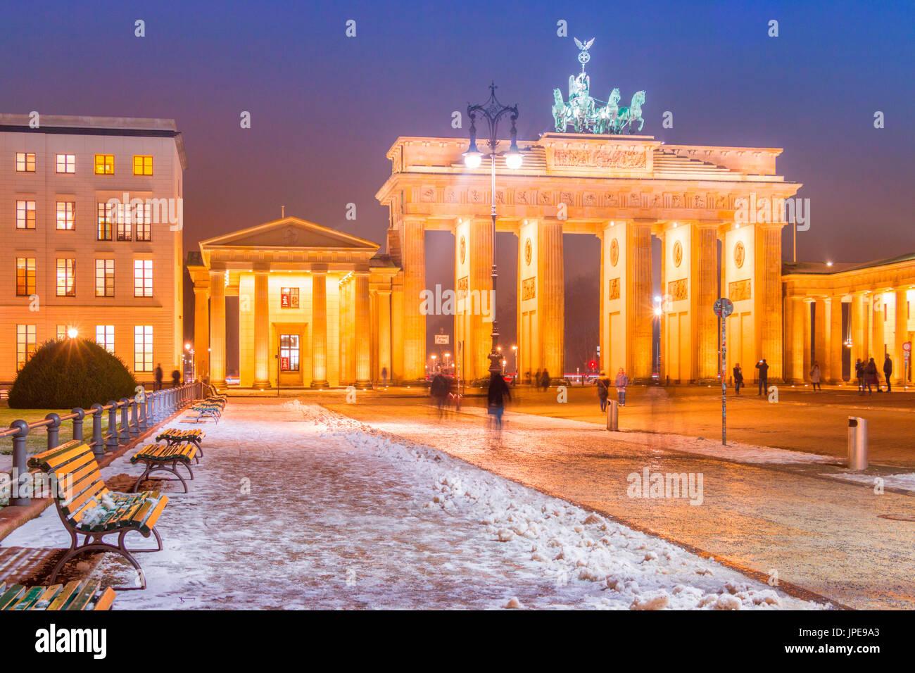 Pariser Platz and Brandenburg Gate in Berlin city with snow, Land Berlin, Germany, Europe - Stock Image
