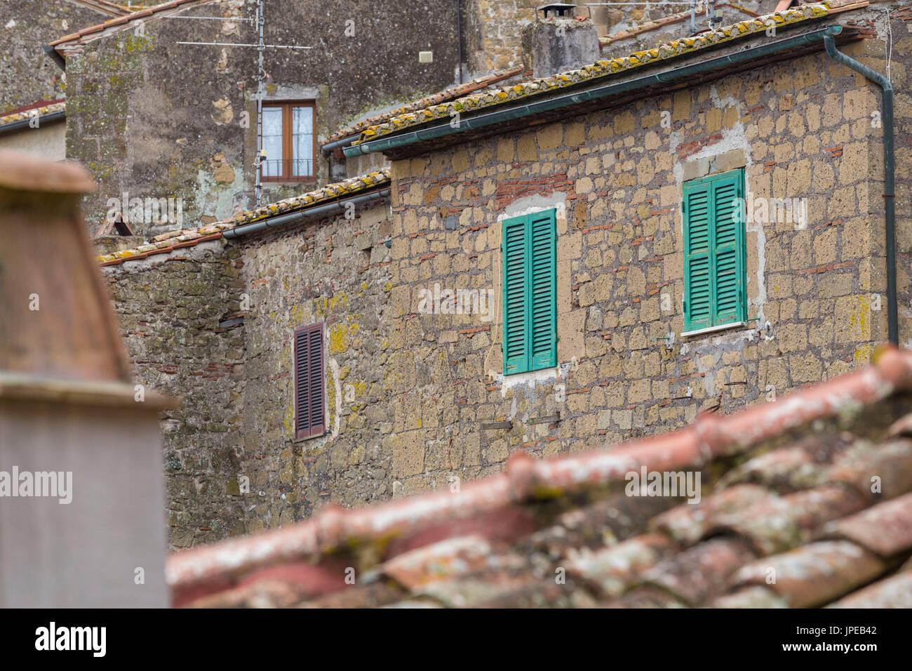 Detail of houses of Sorano. Sorano, Grosseto province, Tuscany, Italy, Europe - Stock Image