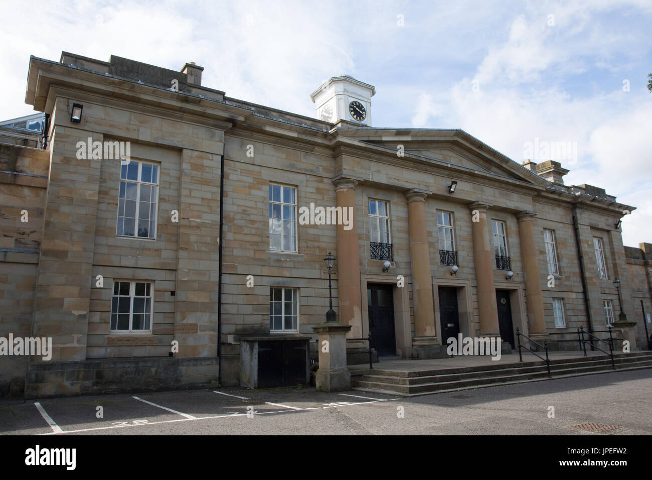 Front facade of Durham Crown Court building - Stock Image