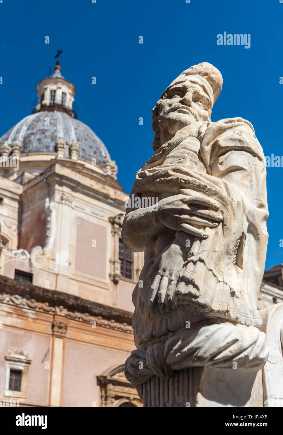 Marble sculpture on the 16th century Florentine fountain in Piazza Pretoria, central Palermo, Sicily, Italy. - Stock Image