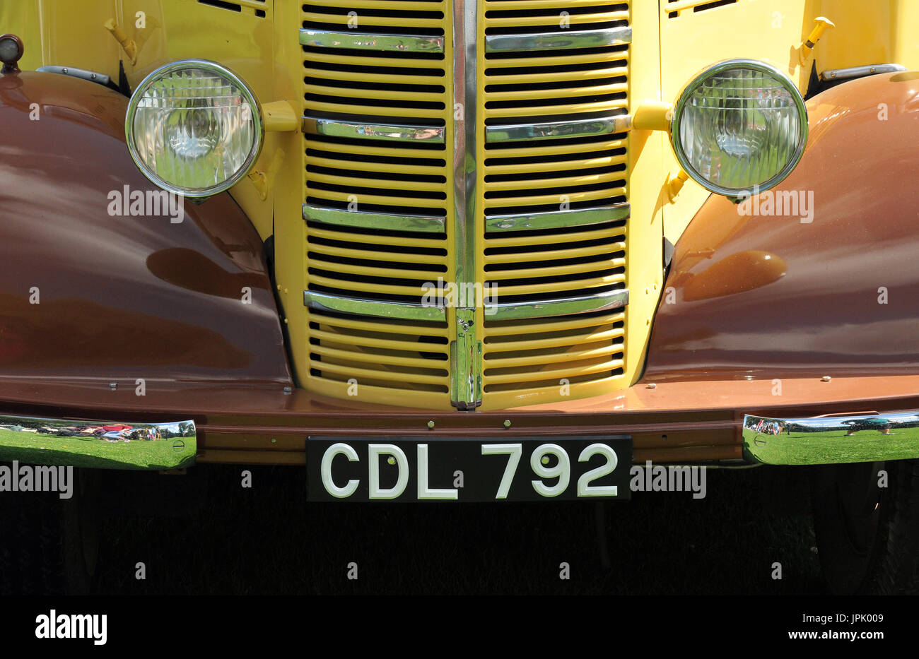 Displaying Old Cars Stock Photos & Displaying Old Cars Stock Images ...