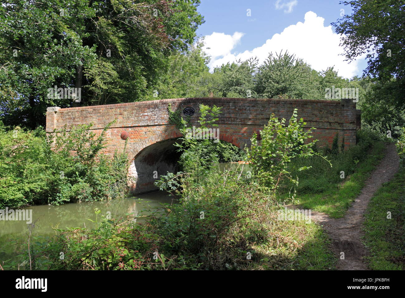 Blacksmith's Bridge, Basingstoke Canal, Dogmersfield, near Fleet, Hart District, Hampshire, England, Great Britain, United Kingdom, UK, Europe - Stock Image