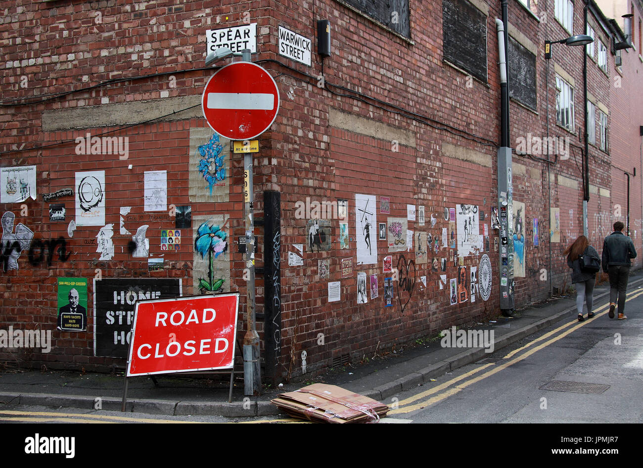 Road closed sign in the Northern Quarter area of Manchester - Stock Image