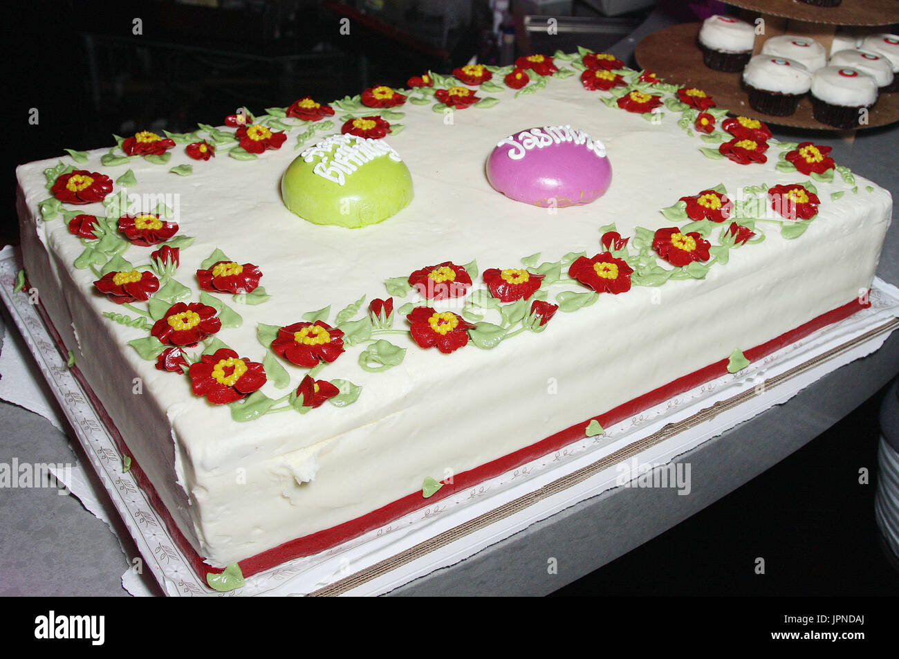 Outstanding Jasmine Villegas Birthday Cake At The 18Th Birthday Party Of Funny Birthday Cards Online Overcheapnameinfo
