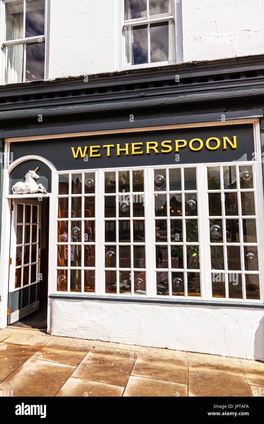 Wetherspoon pub, Wetherspoon sign, Wetherspoons pub UK, Wetherspoon bar, wetherspoon front building, UK, England, Ripon, Yorkshire, - Stock Image