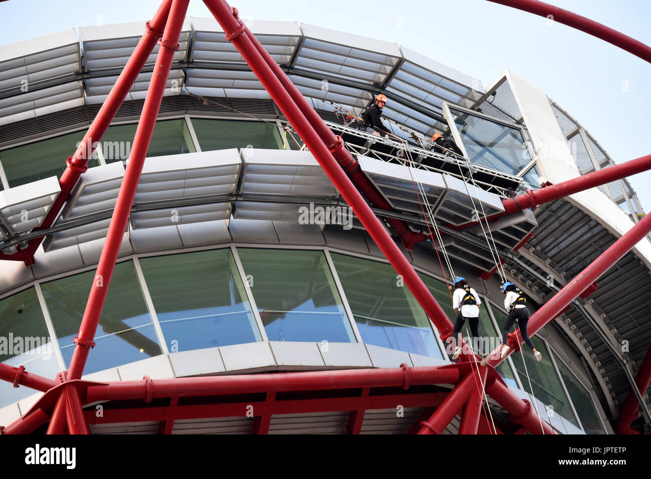 Abseiling from ArcelorMittal Orbit by Wire & Sky. Queen Elizabeth Olympic Park, Stratford, London, UK. Activity Stock Photo