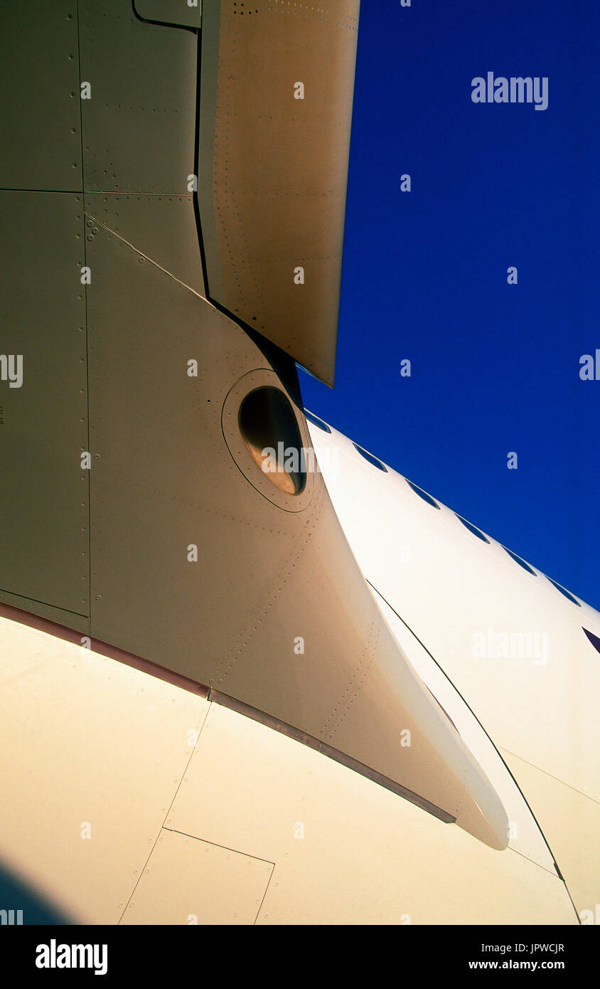 Gulf Air Airbus A330-200 wing with fuselage filet - Stock Image