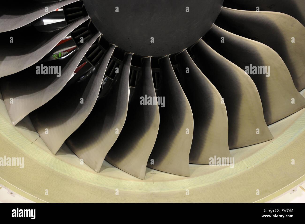 Engine Alliance GP7270 jet-engine front-fan blades at the Paris Airshow Salon-du-Bourget 2011 - Stock Image