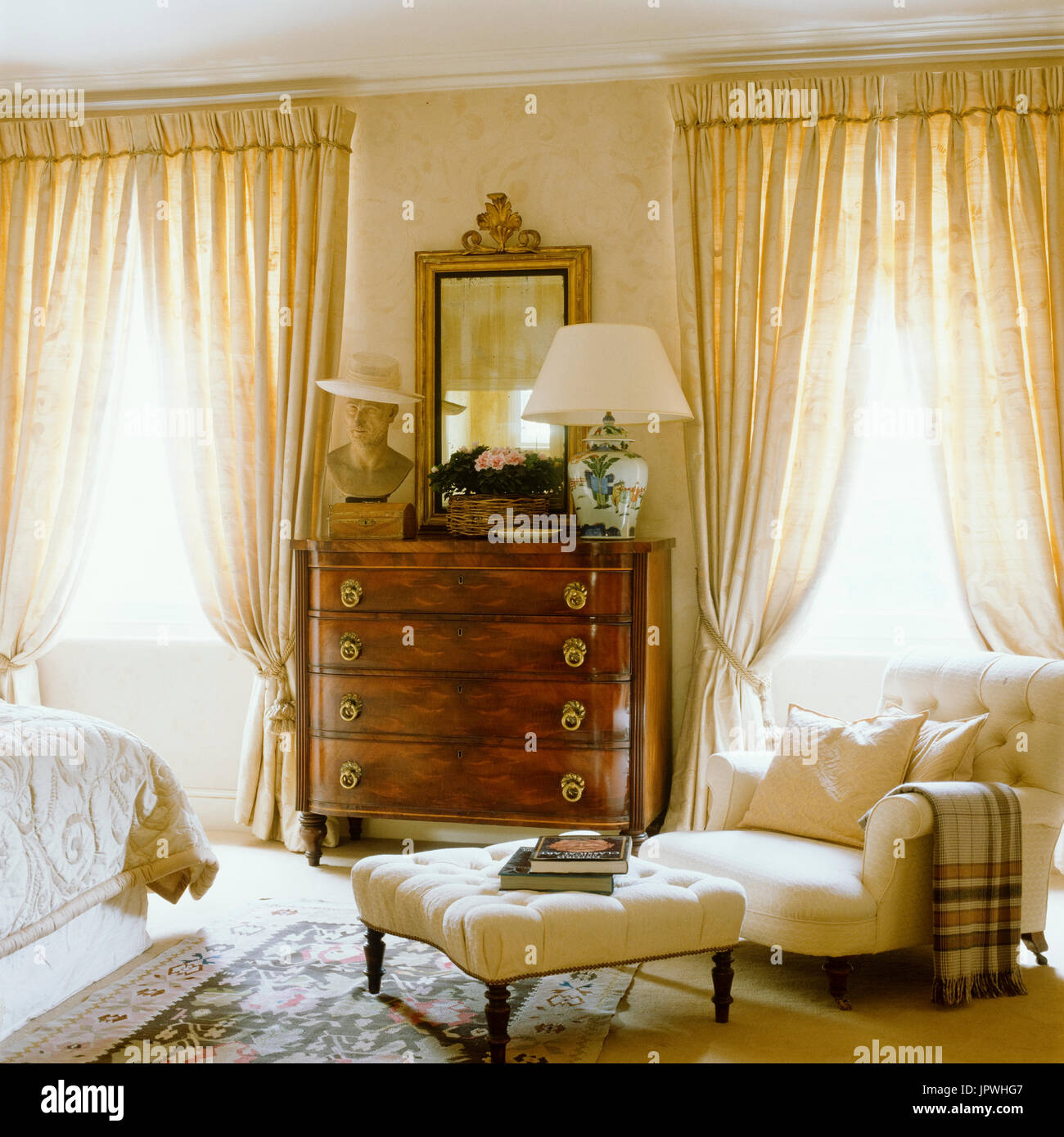 Luxurious country style bedroom - Stock Image