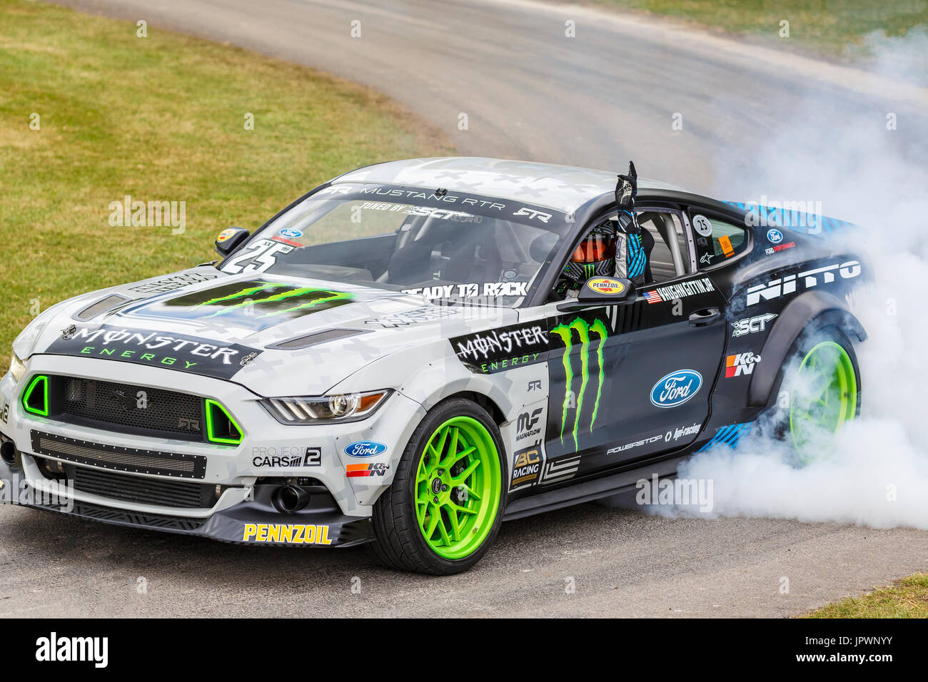 Ford Mustang 2018 Colors >> Monster Livery Stock Photos & Monster Livery Stock Images - Alamy