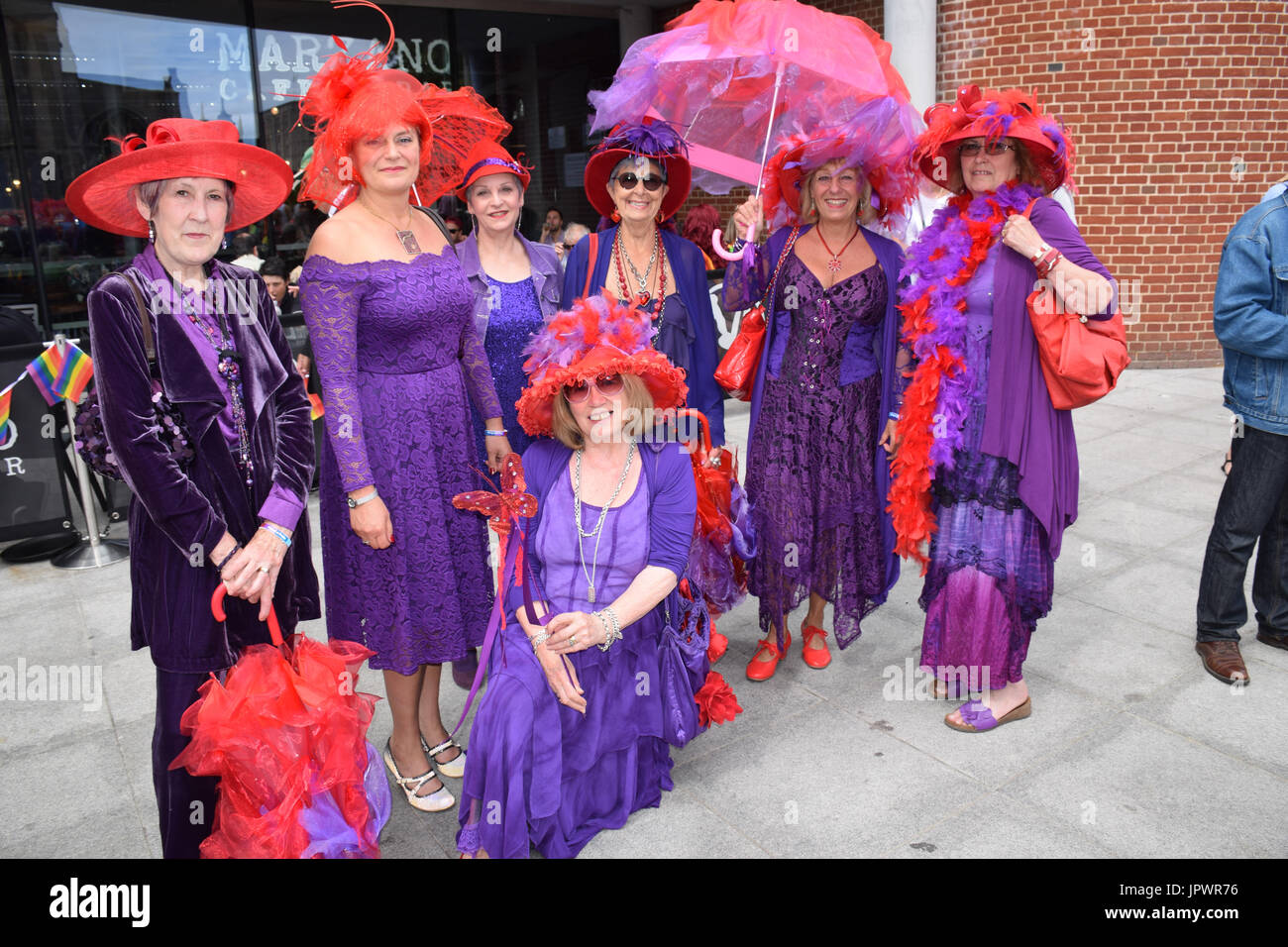 Red Hat Society Women Stock Photos   Red Hat Society Women Stock ... d91393886d3