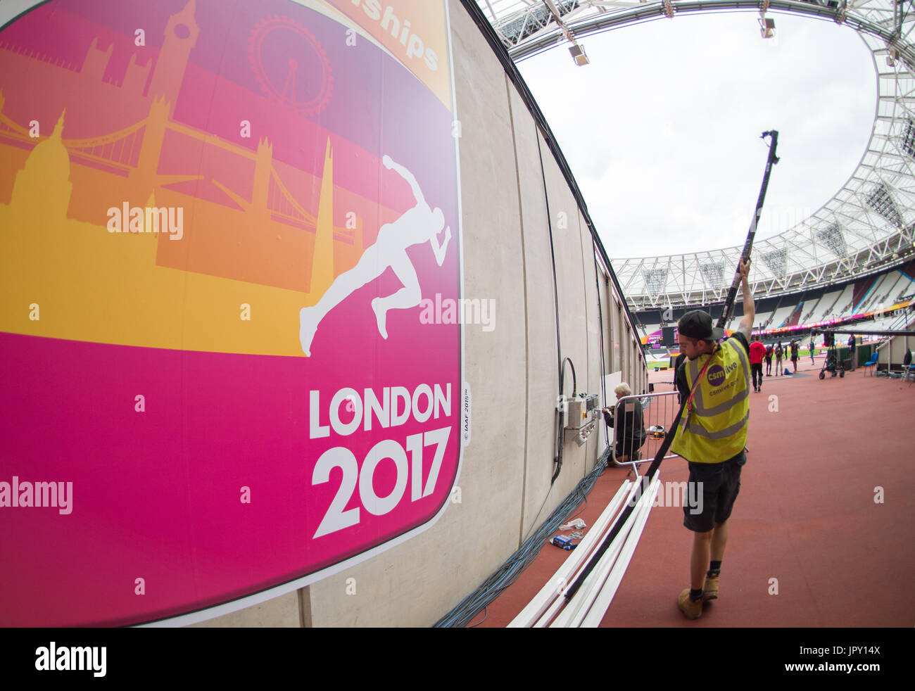 London, UK. 2nd Aug, 2017. Final preparations in the Olympic Stadium in London, Britain on 2 August, 2017. The IAAF Stock Photo