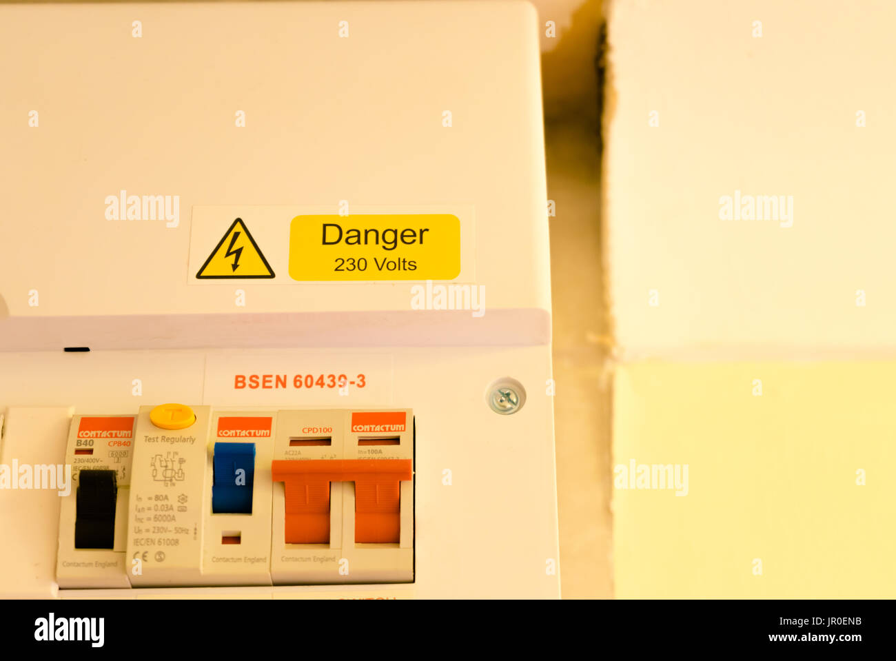 England Fuse Box Basic Wiring Diagram Danger 230 Volts Sign On A Uk Stock Photo 151831607 Alamy Rh Com