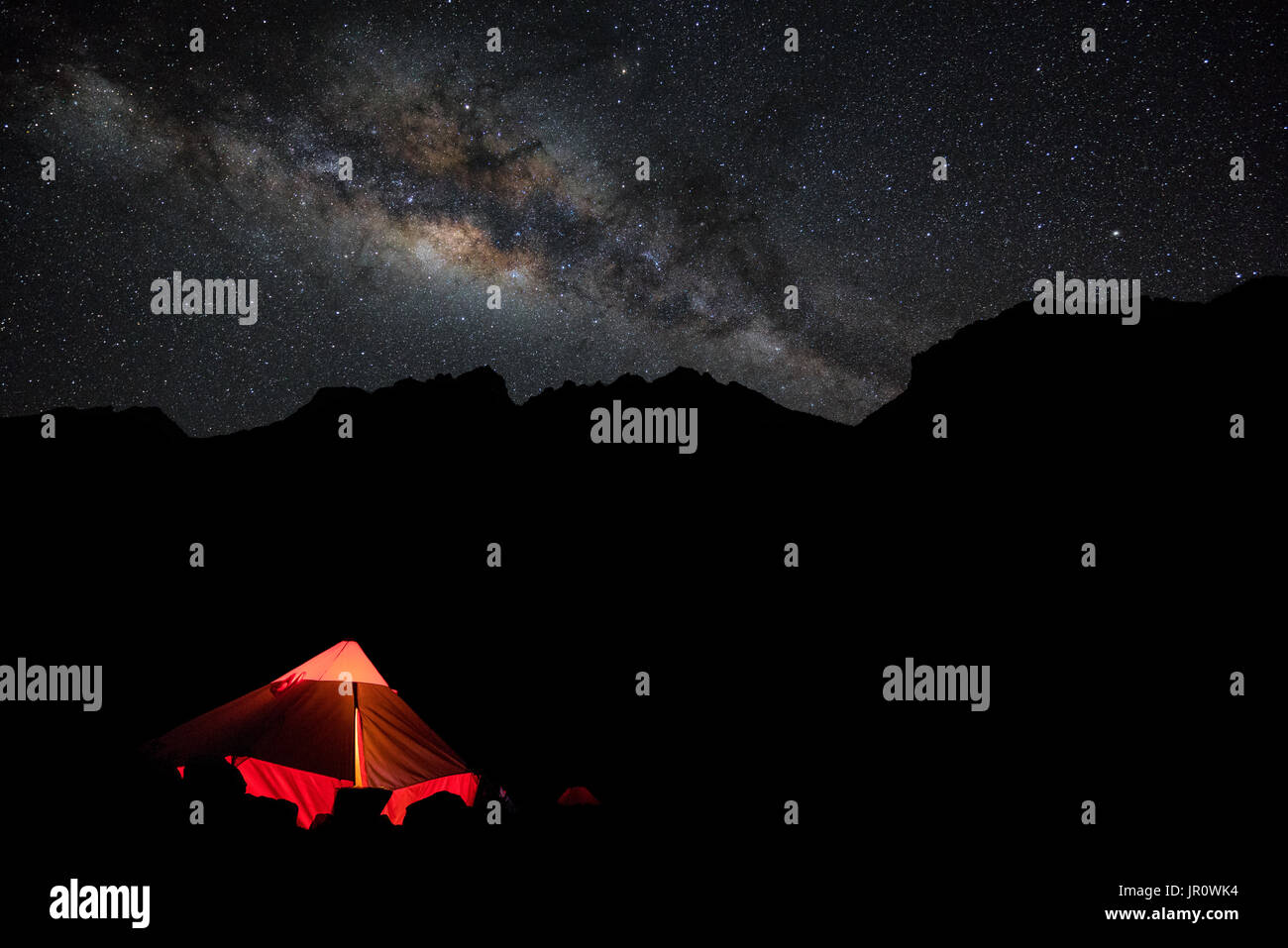 Camping in the Cordillera Blanca - Stock Image