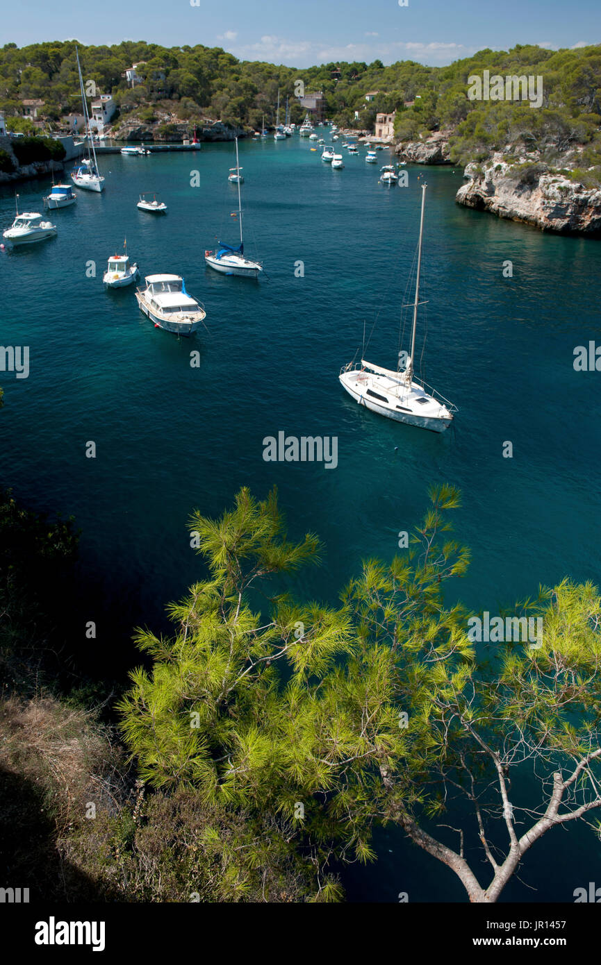 Expensive yachts anchored in Cala Figuera, Majorca, Spain - Stock Image