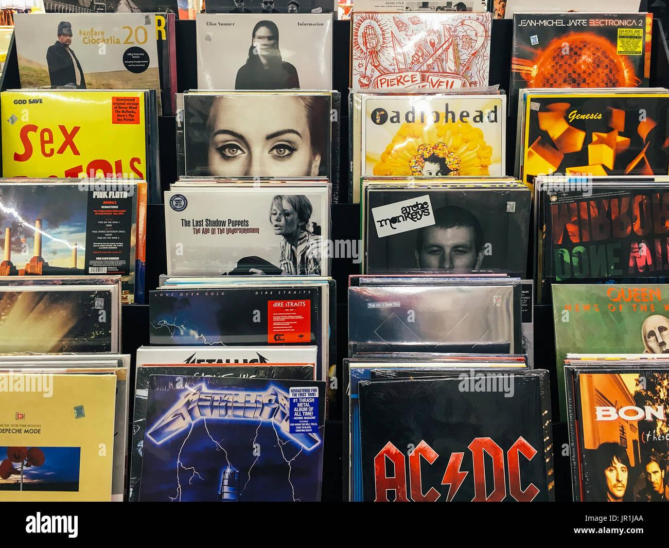 Vinyl Records Shop Stock Photos & Vinyl Records Shop Stock