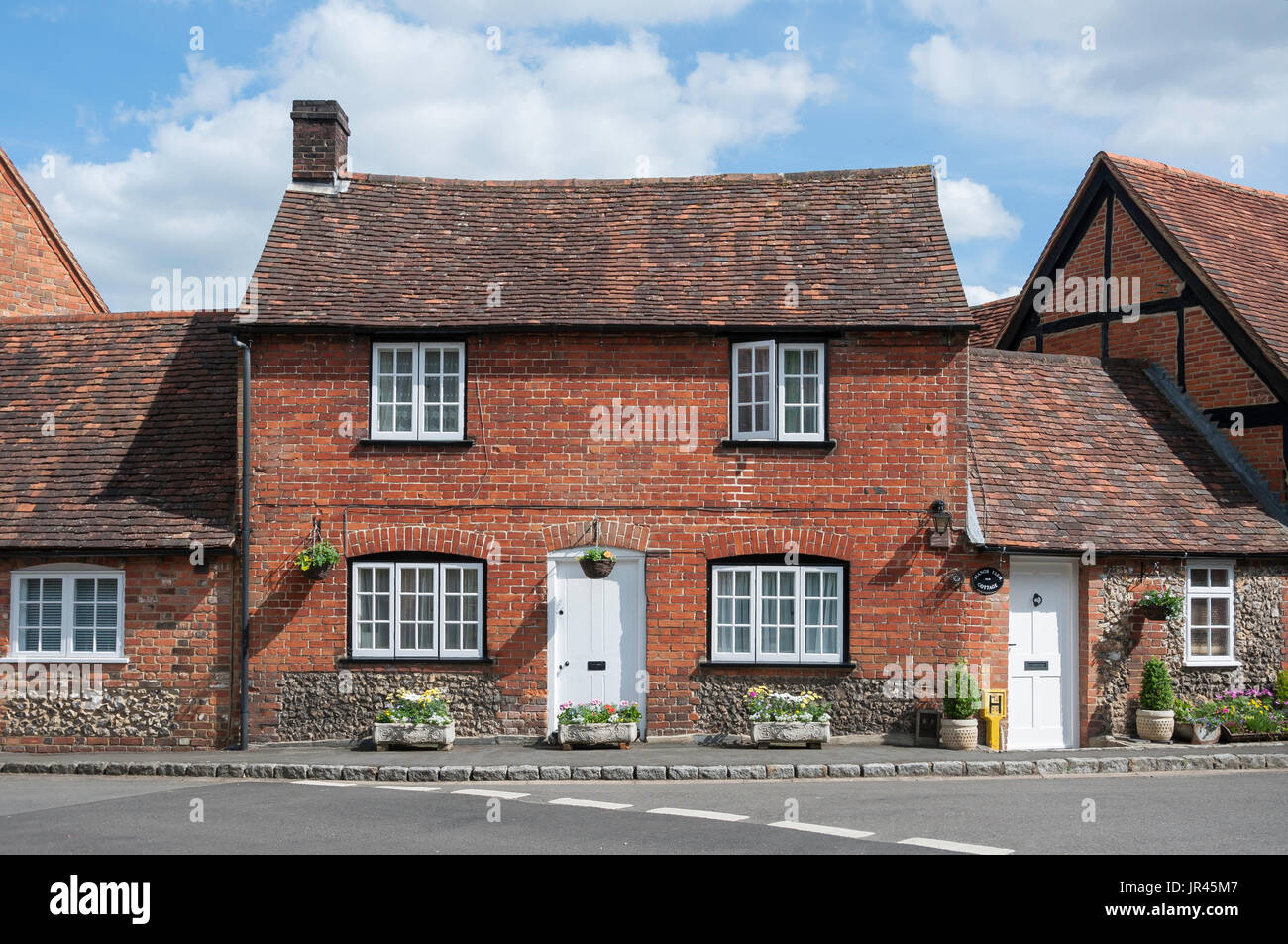Small period cottage, Highmore Cottages, Little Missenden, Buckinghamshire, England, United Kingdom - Stock Image