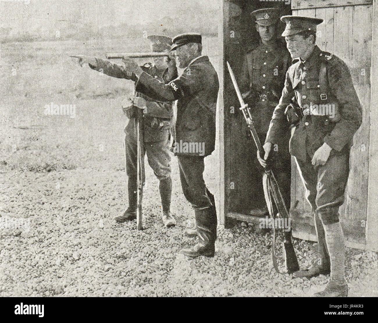 Hants Territorials on sentry duty, WW1 - Stock Image