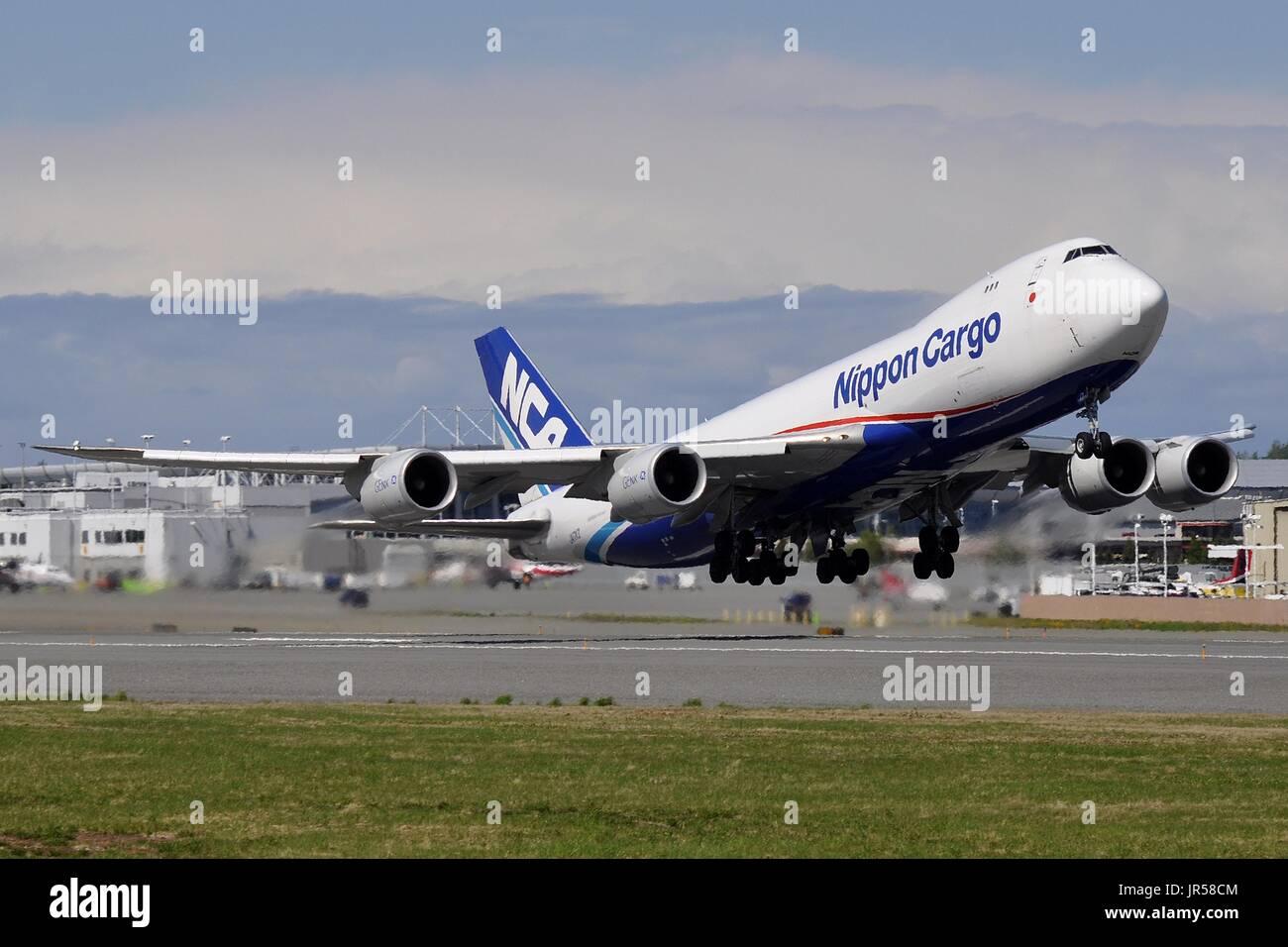 NIPPON CARGO AIRLINES BOEING 747-8F JA17KZ - Stock Image