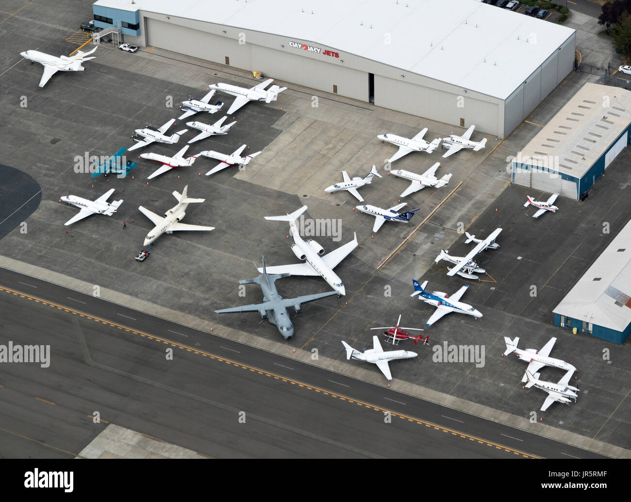 aerial view of private jets outside Clay Lacy Aviation hangar, Boeing Field, Seattle, Washington State, USA - Stock Image
