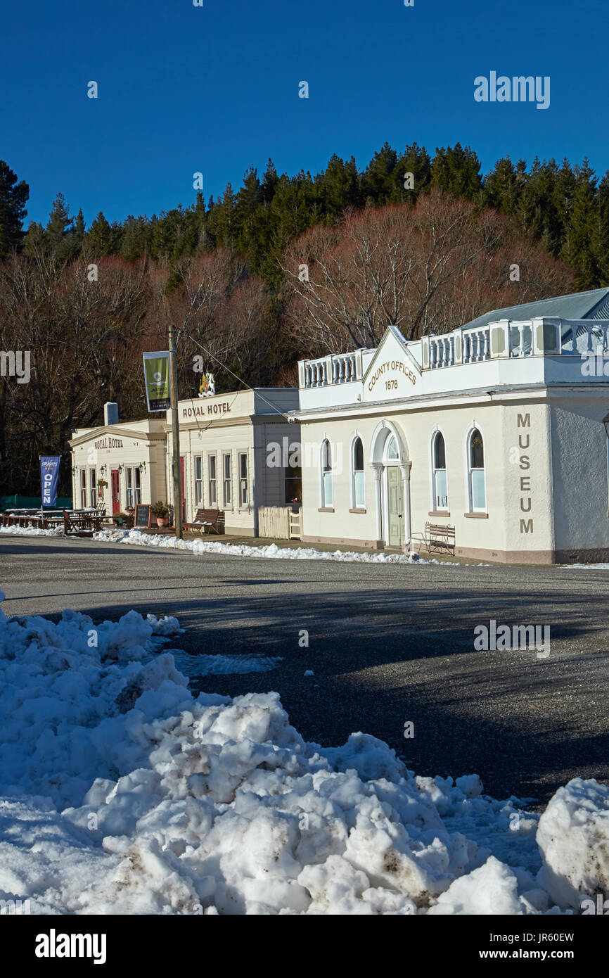 Maniototo County Council Offices (1878), and Royal Hotel (1878), in winter, Naseby, Maniototo, Central Otago, South Island, New Zealand - Stock Image