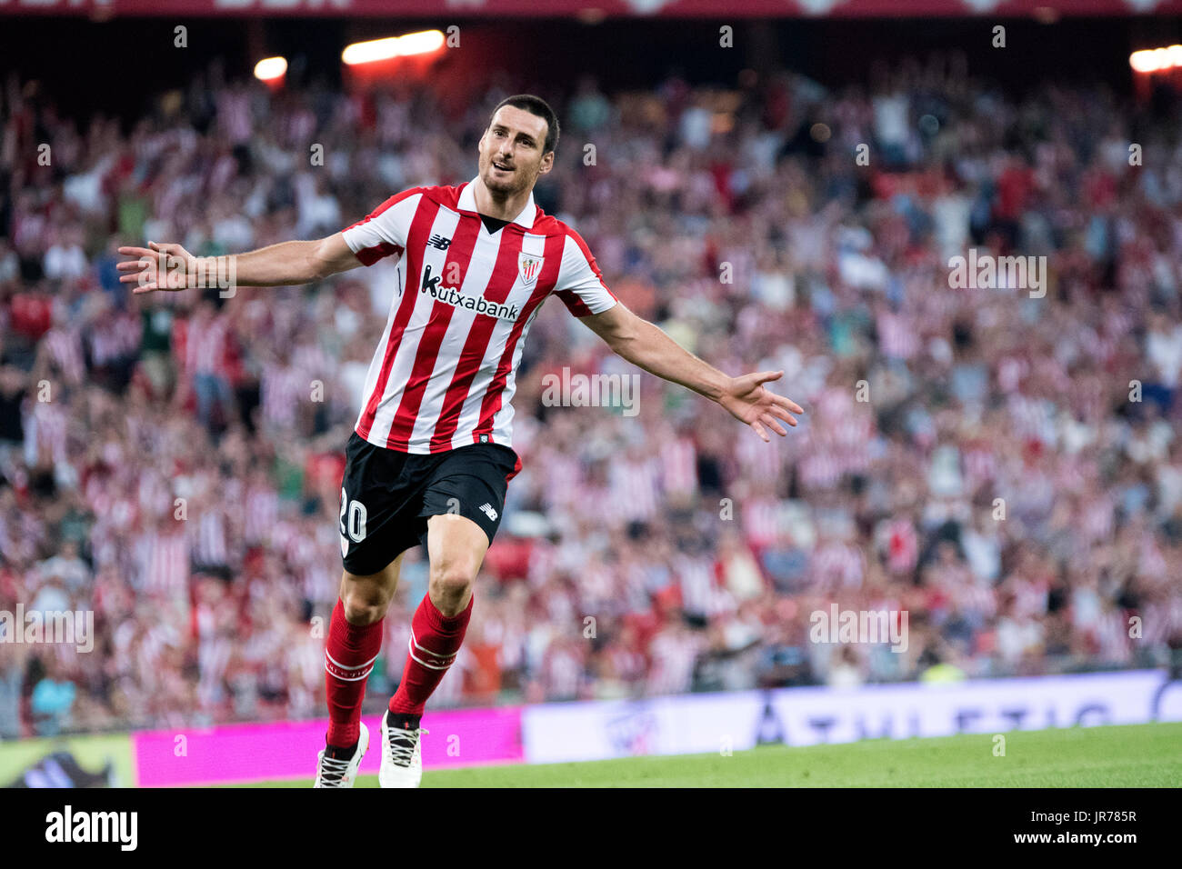 Bilbao, Spain. 3th August, 2017. Aritz Aduriz (Forward, Athletic Club) celebrates his goal, the third of his team, during the football match of 2nd leg of third qualifying round of 2017/2018 UEFA Europa League between Athletic Club and FC Dinamo Bucuresti at San Mames Stadium on August 3, 2017 in Bilbao, Spain. ©David Gato/Alamy Live News - Stock Image