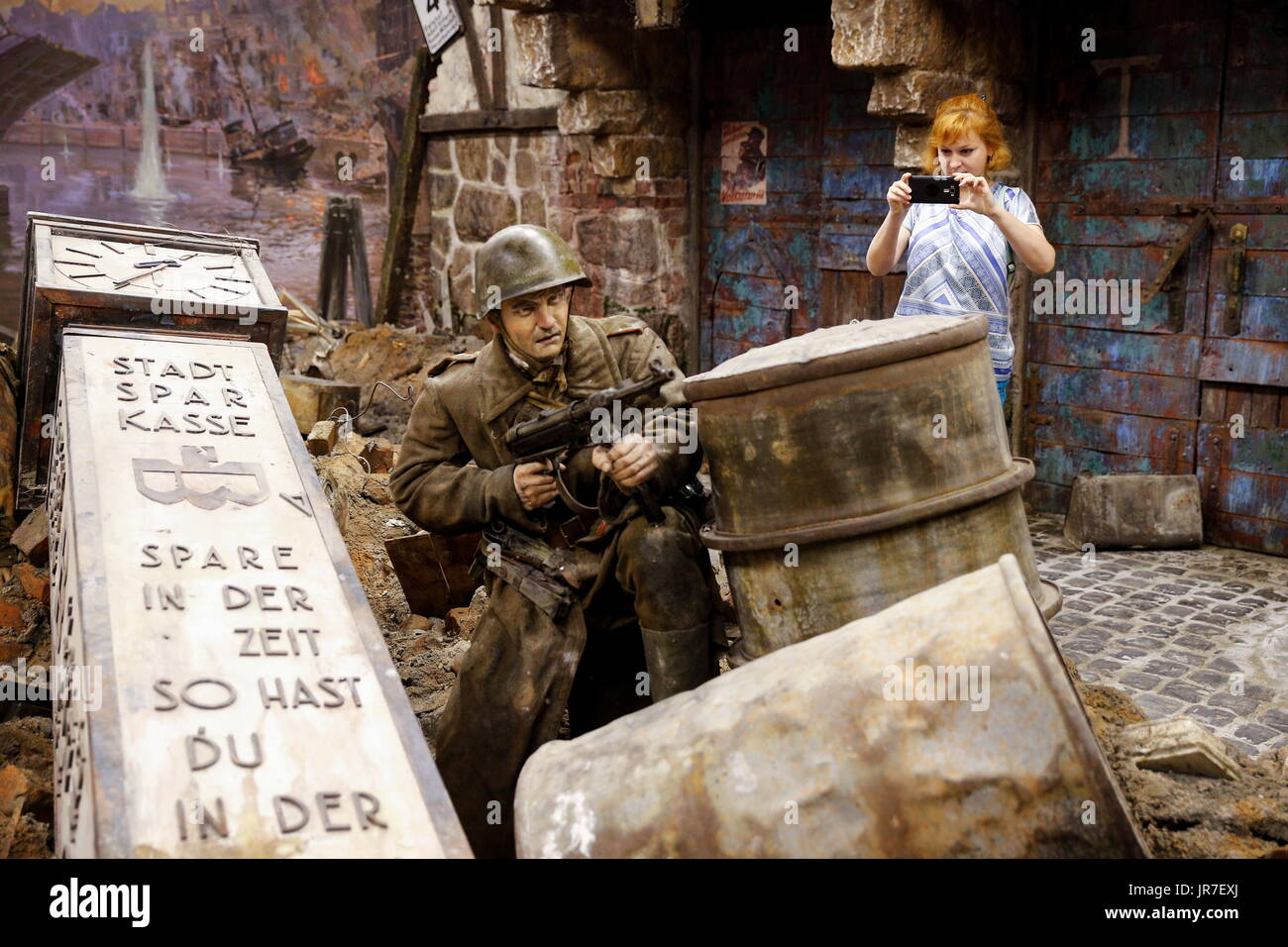 Kaliningrad Region, Russia. 3rd Aug, 2017. A visitor views a 3-dimensional panoramic exhibition titled 'Konigsberg 1945: the Final Assault' at the Kaliningrad Region Museum of History and Arts; the 360-degree display, which depicts the April 1945 assault by the Red Army on the city of Konigsberg in WWII, is an artwork by the Nevsky Batalist team led by Dmitry Poshtarenko. Credit: Vitaly Nevar/TASS/Alamy Live News - Stock Image
