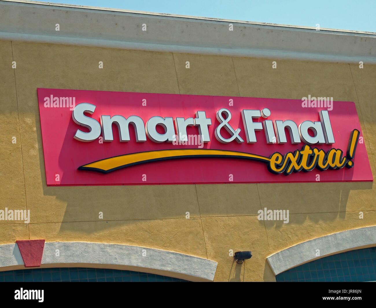 Smart & Final extra store, Union City, California, Stock Photo