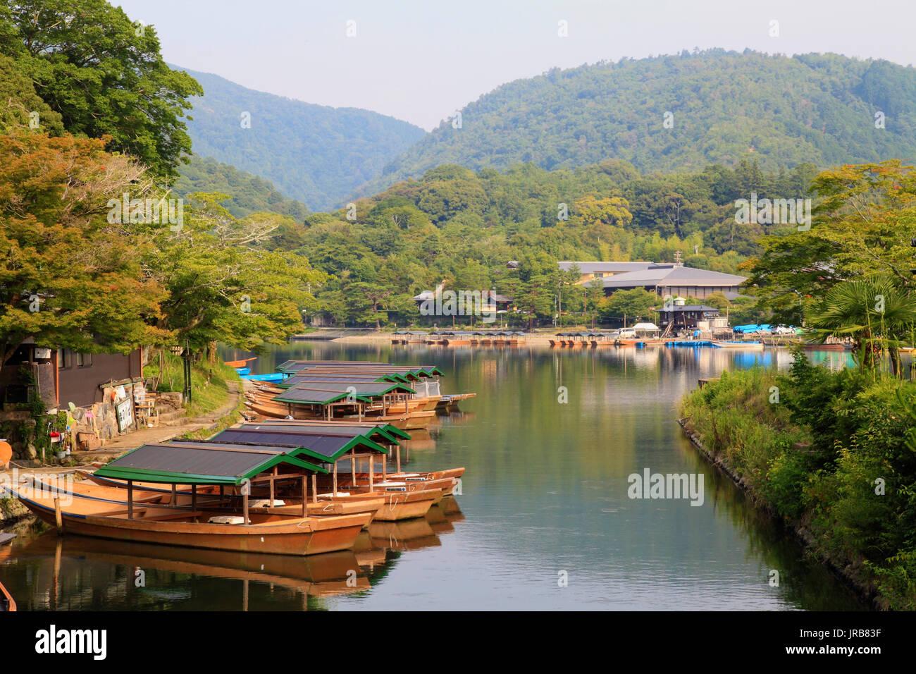 Japan, Kyoto, Arashiyama, Hozu river, boats, - Stock Image