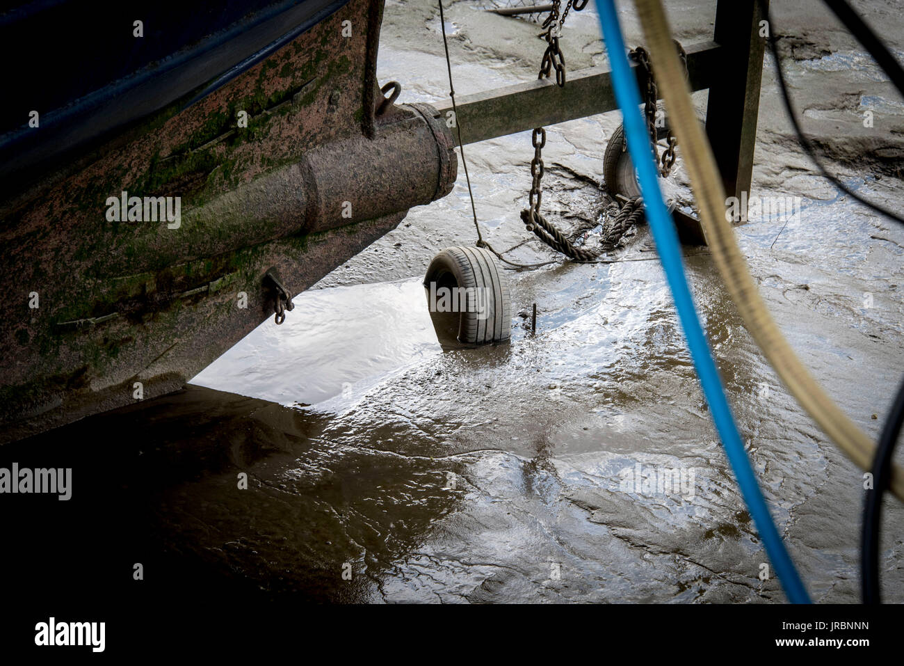 Low Tide River Thames - Stock Image