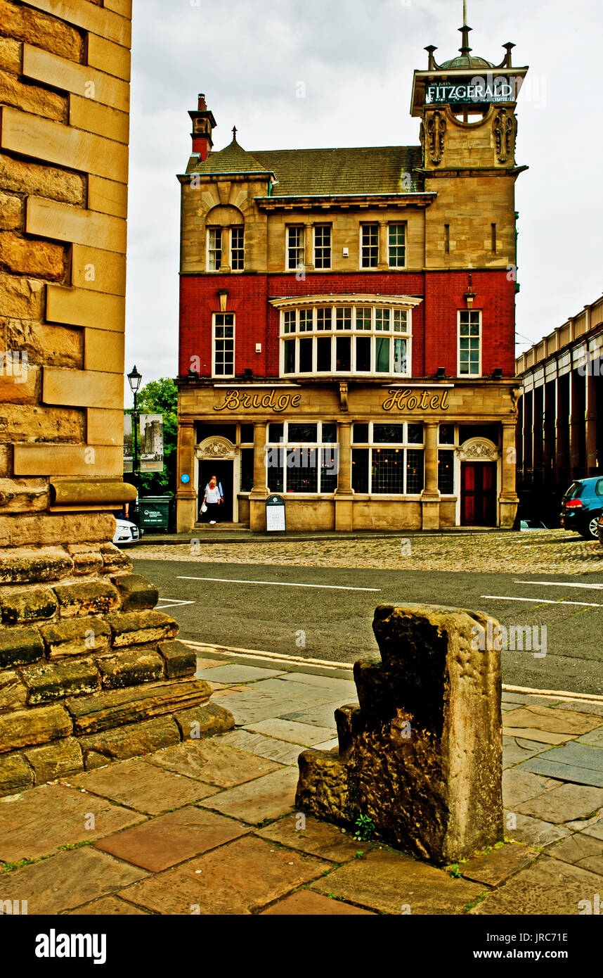 The Bridge Hotel, Castle Garth, Newcastle upon Tyne - Stock Image