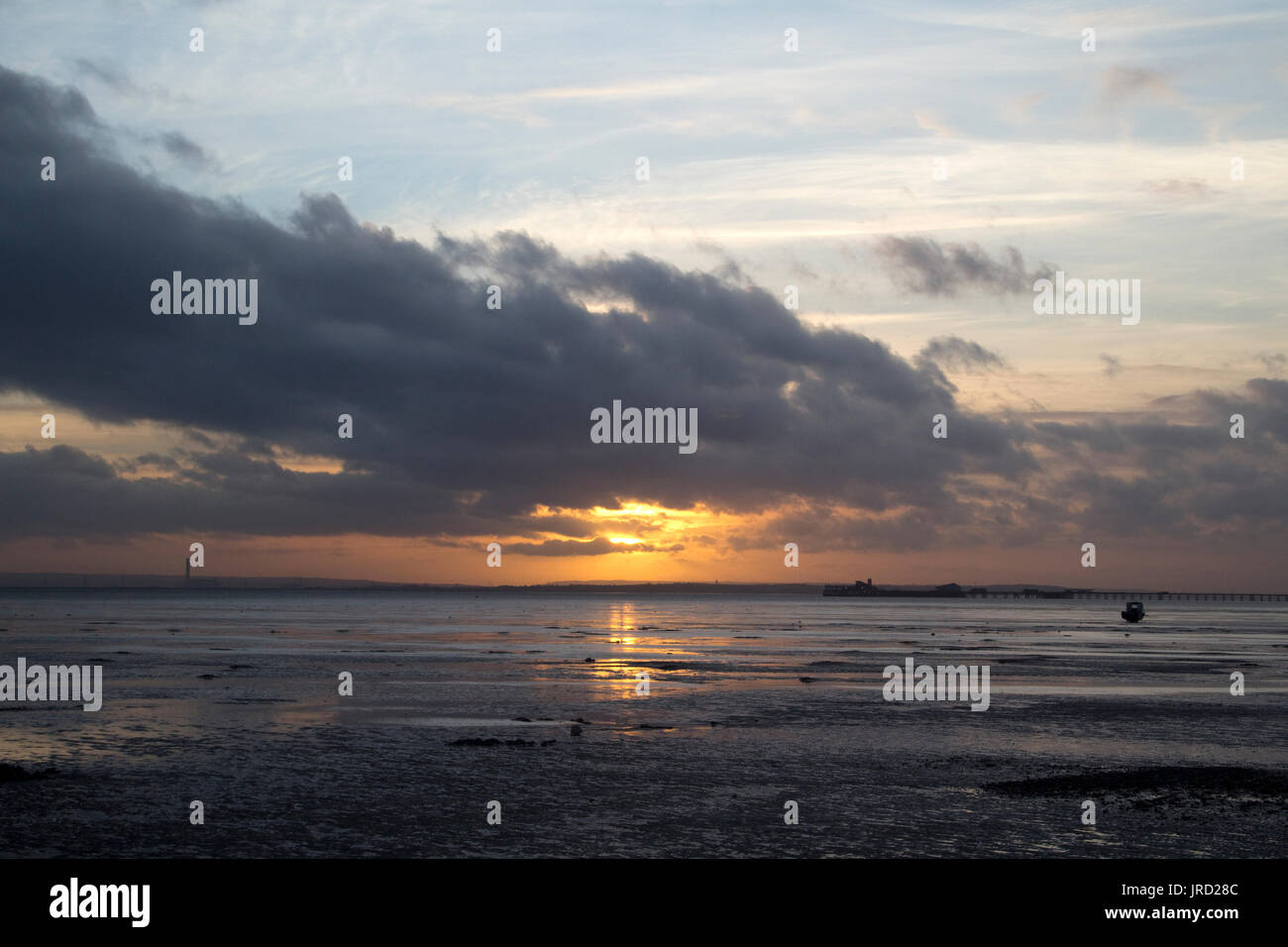 Winter Sunset at Southend-on-Sea, Essex, England - Stock Image