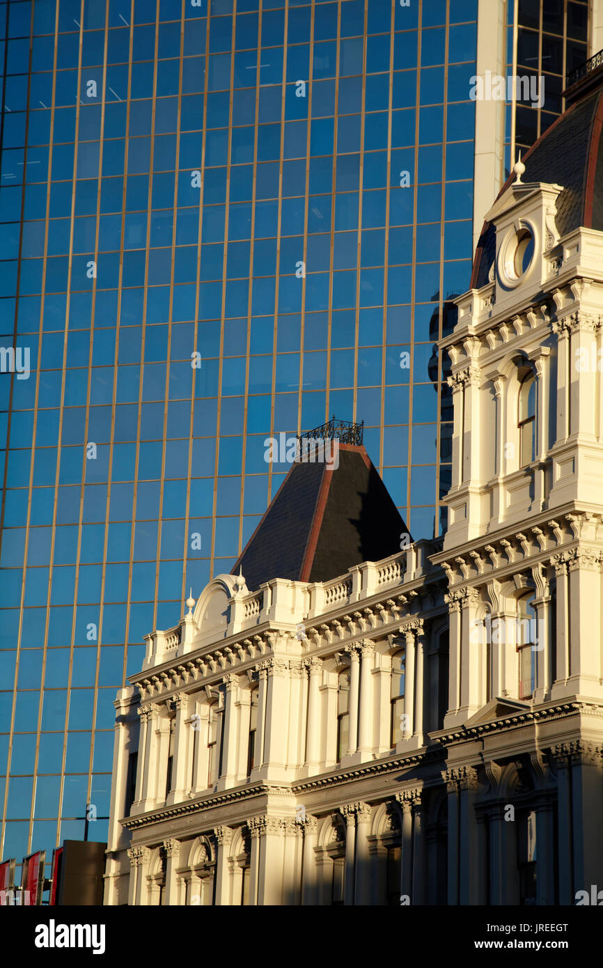 Historic Customhouse and modern glass building, Auckland, North Island, New Zealand Stock Photo