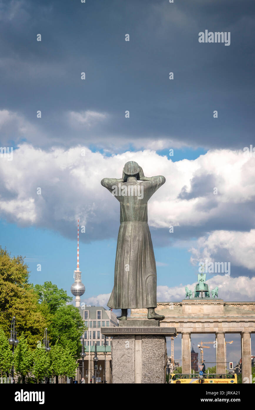 Berlin skyline symbol, rear view of Berlin symbolic statue titled 'The Crier', in the Strasse Des 17 Juni, Germany. - Stock Image