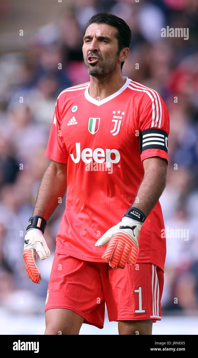 promo code 7bb0e b6343 Juventus goalkeeper Gianluigi Buffon Stock Photo: 152292173 ...