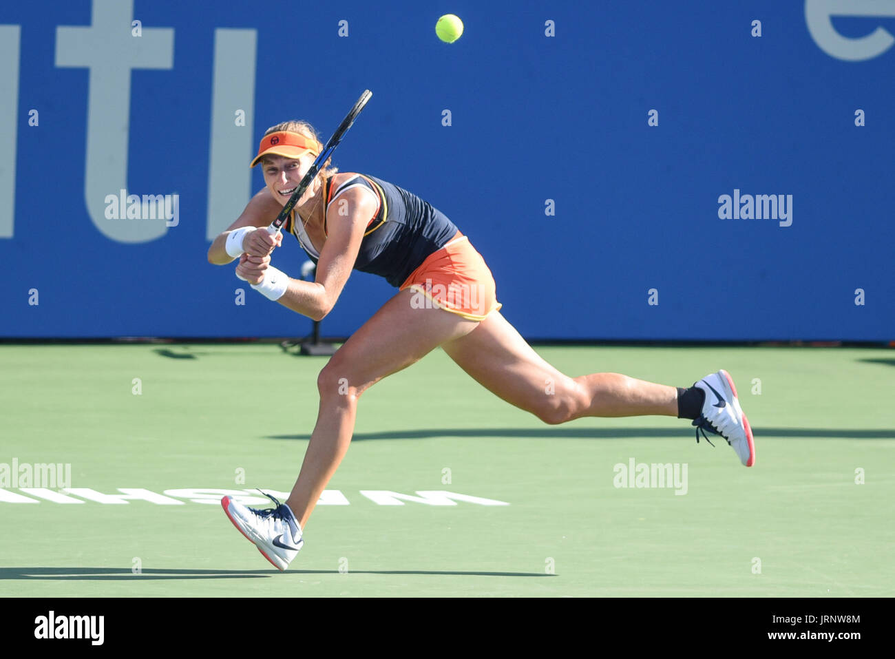 Washington, D.C, USA. 5th Aug, 2017. EKATERINA MAKAROVA hits a running backhand during her semifinal match at the Citi Open at the Rock Creek Park Tennis Center in Washington, DC Credit: Kyle Gustafson/ZUMA Wire/Alamy Live News - Stock Image