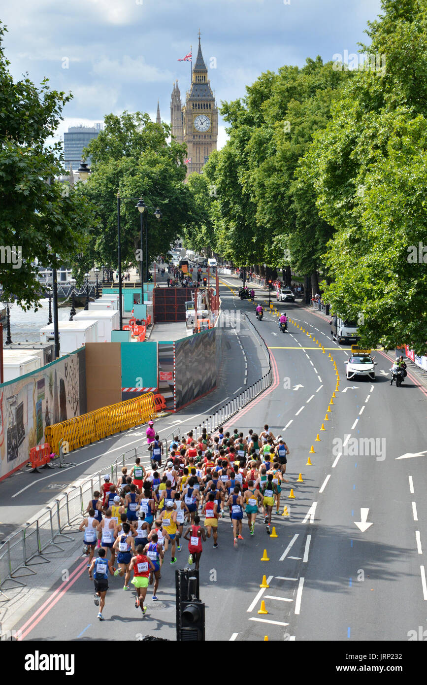 London, UK. 6th August 2017. IAAF World Championships.  Saturday. Mens Marathon through central London. Credit: Matthew Chattle/Alamy Live News - Stock Image