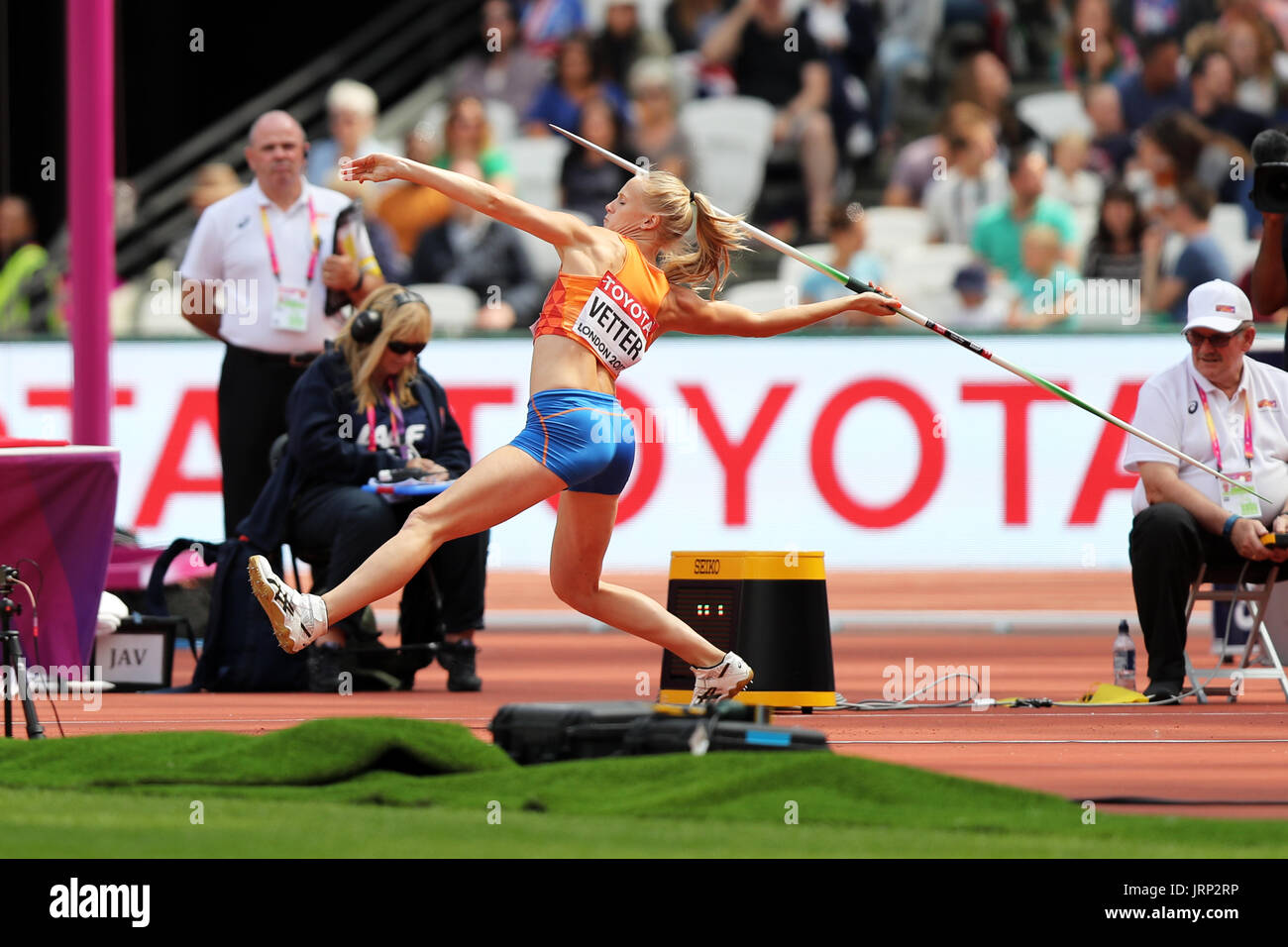 London, UK. 6th August, 2017. Anouk VETTER of the Netherlands competing in the Heptathlon Javelin throw at the 2017, IAAF World Championships, Queen Elizabeth Olympic Park, Stratford, London, UK. Credit: Simon Balson/Alamy Live News Stock Photo