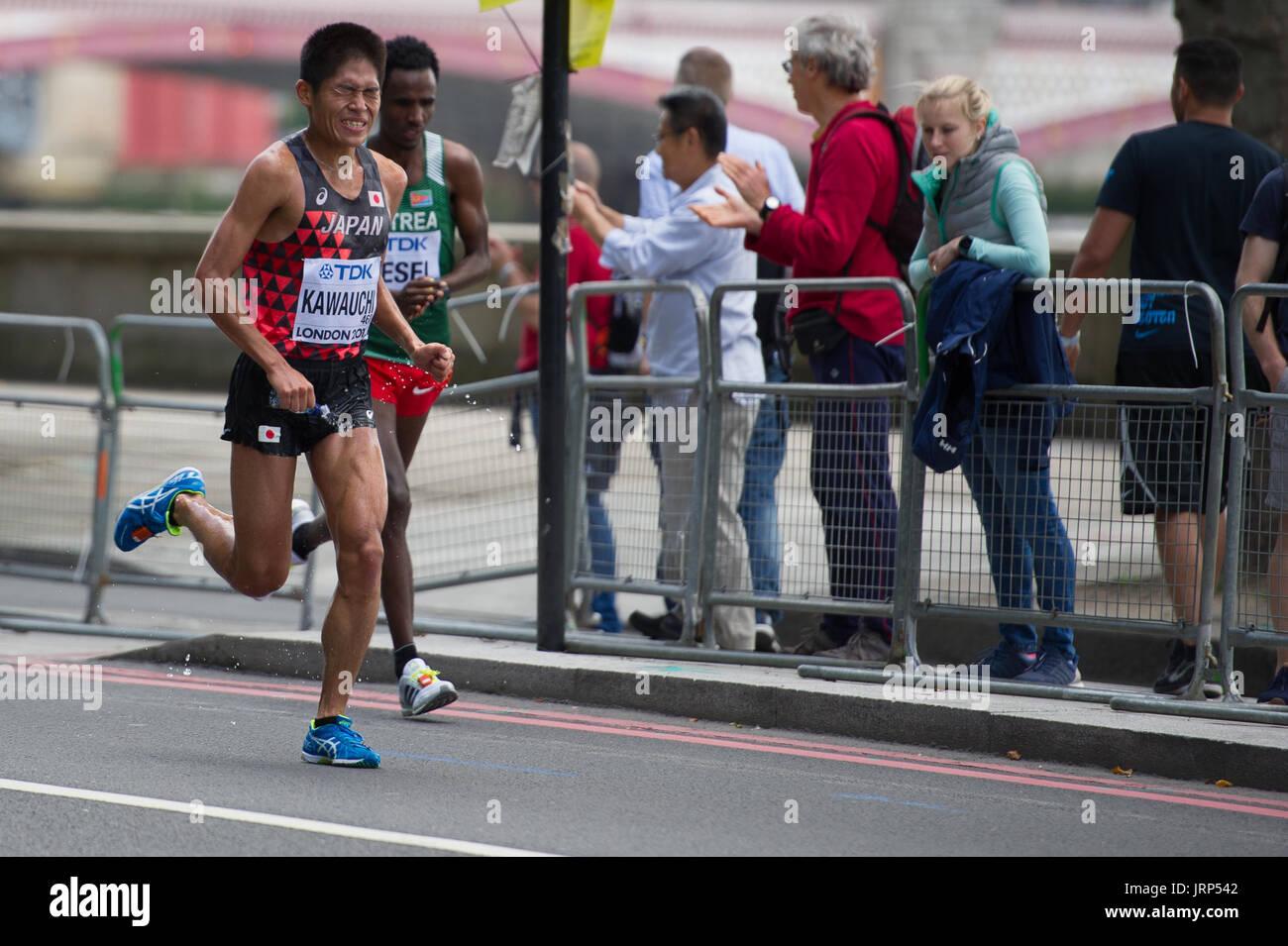 London, UK. 6th August, 2017. Yuki Kawauchi (Japan) leads Amanuel Mesel (Eritrea) at the IAAF World Athletics Championships Men's Marathon Race Credit: Phil Swallow Photography/Alamy Live News - Stock Image