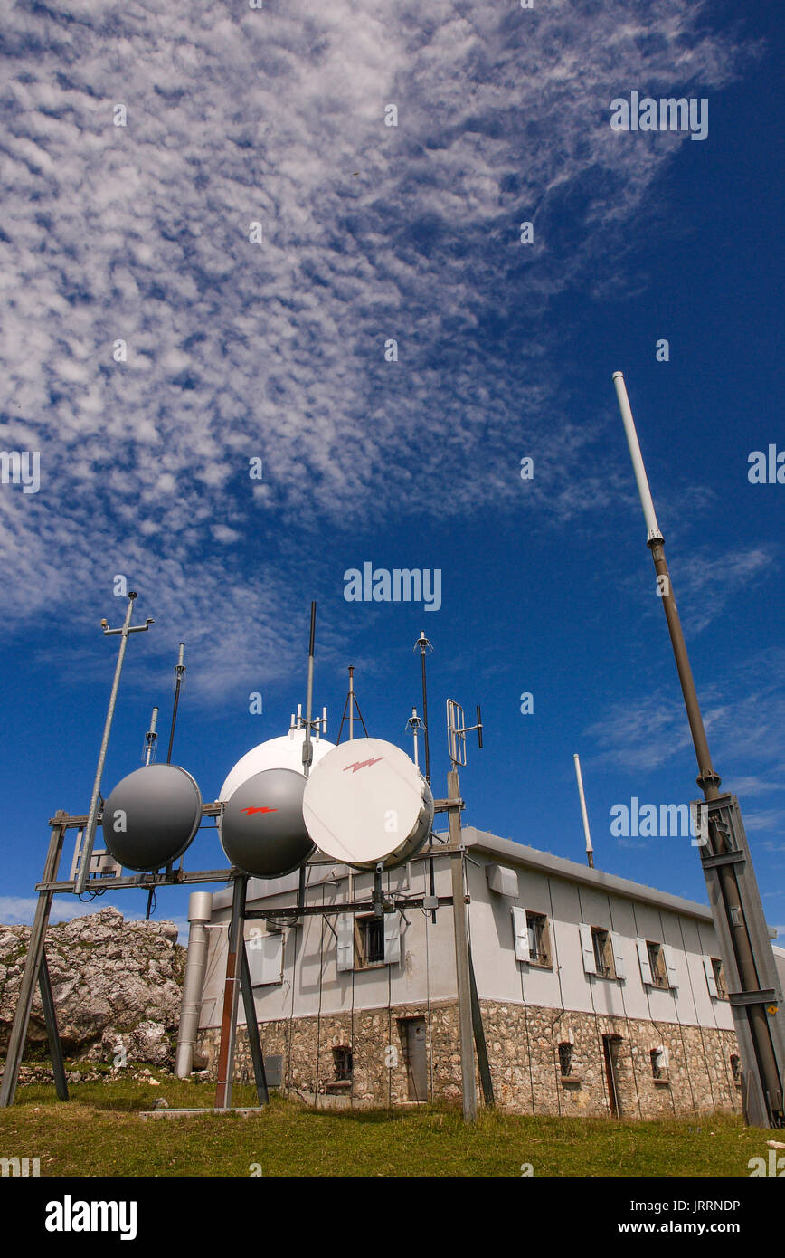 Skyguide aerial radar station, settled on the summit of the Dôle mountain, Jura (Swiss) - Stock Image