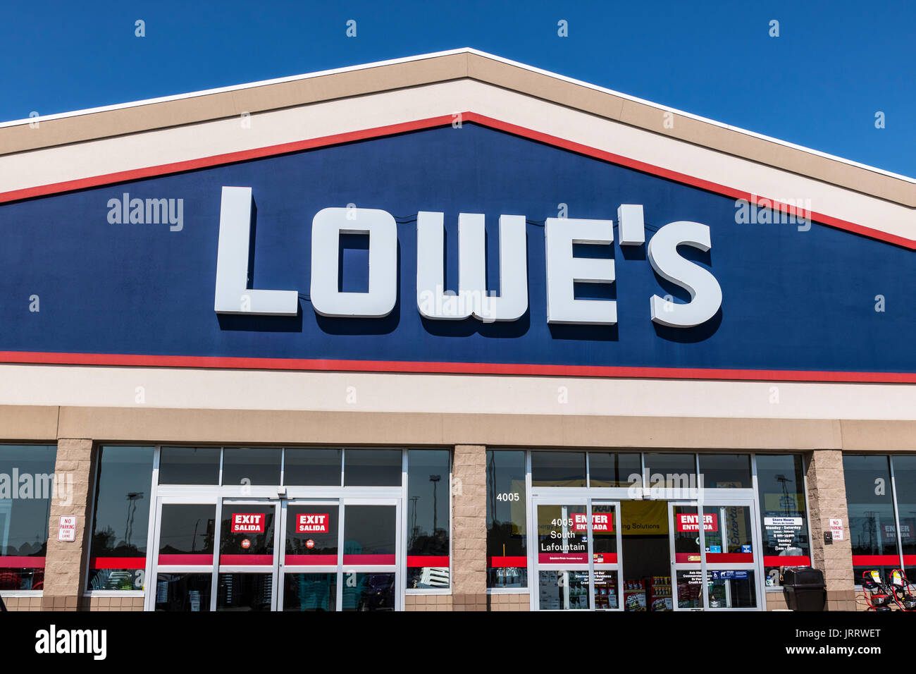 7ef81224c7 Kokomo - Circa August 2017  Lowe s Home Improvement Warehouse. Lowes  operates retail home improvement