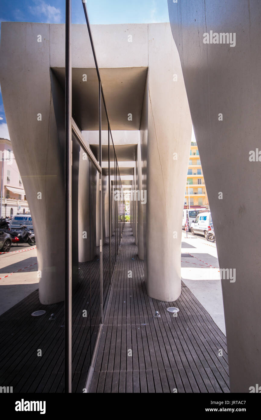 Jean Cocteau Museum, Menton, French Riviera: architect Rudy Ricciotti exterior colonnade 1 Inexhibit - Stock Image