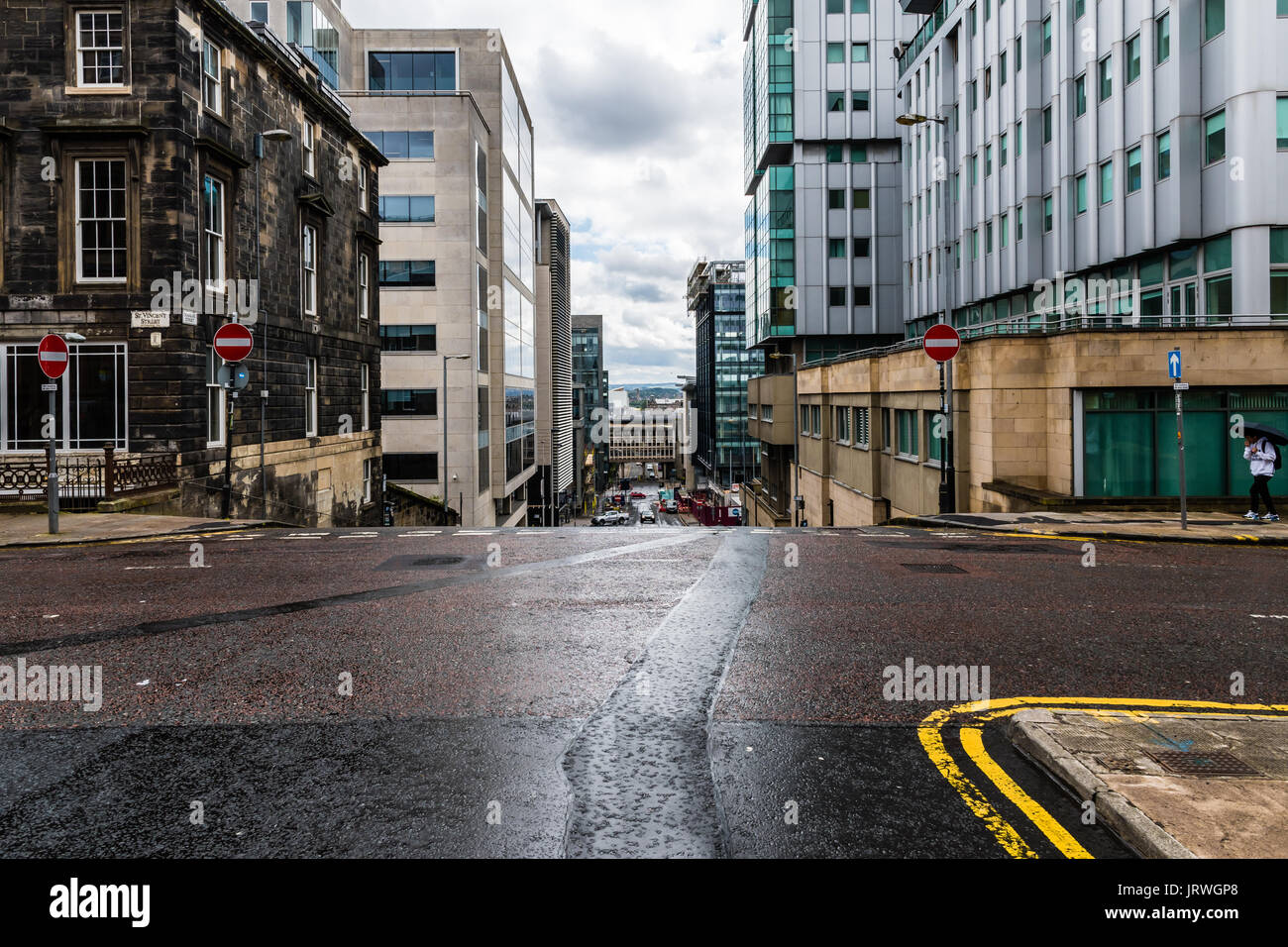 Glasgow Central - A view of St Vincent Street from Douglas Street - Stock Image