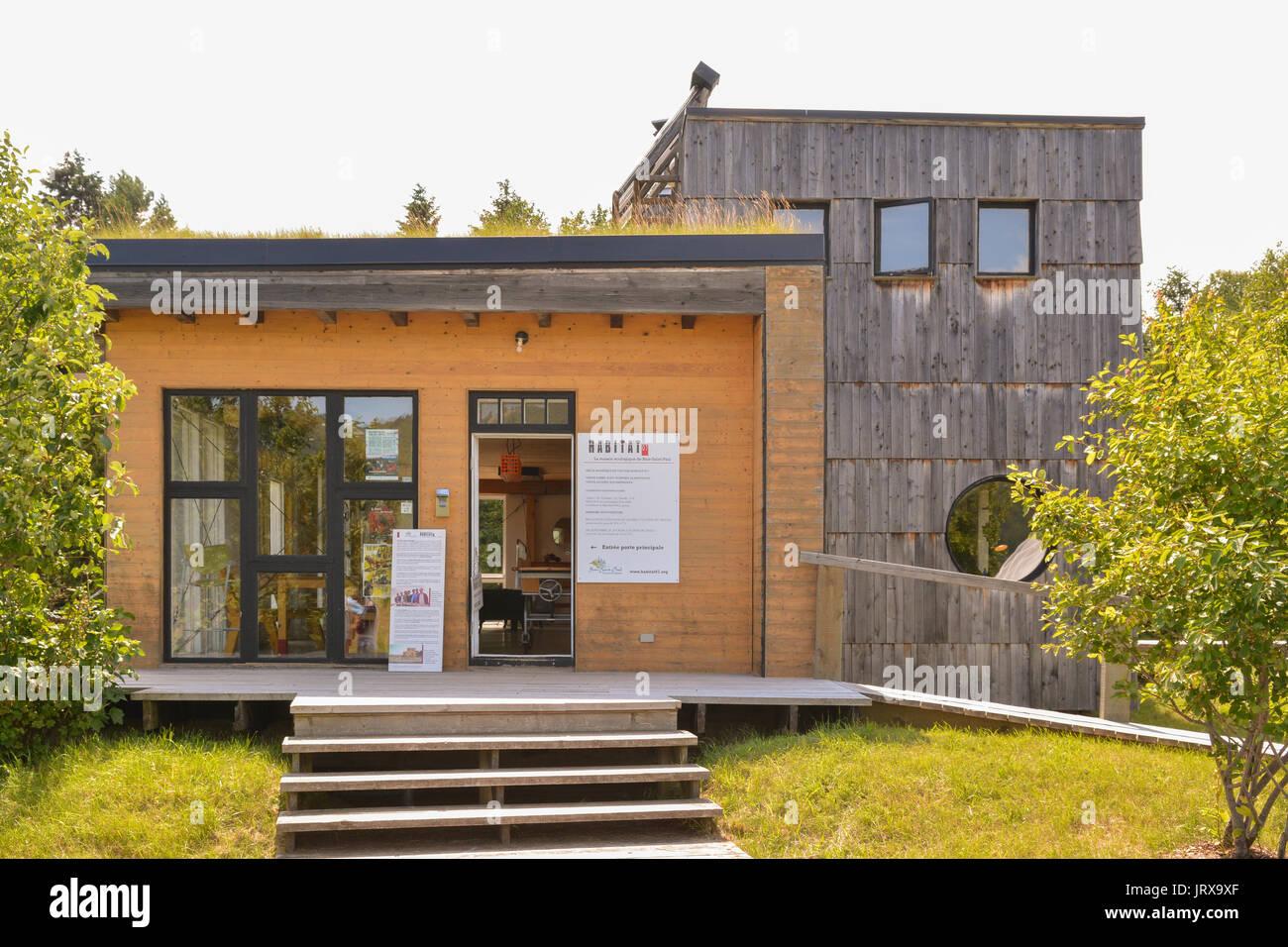 Habitat 07 eco-friendly sustainable building, Bale-St-Paul, Quebec, Canada - Stock Image