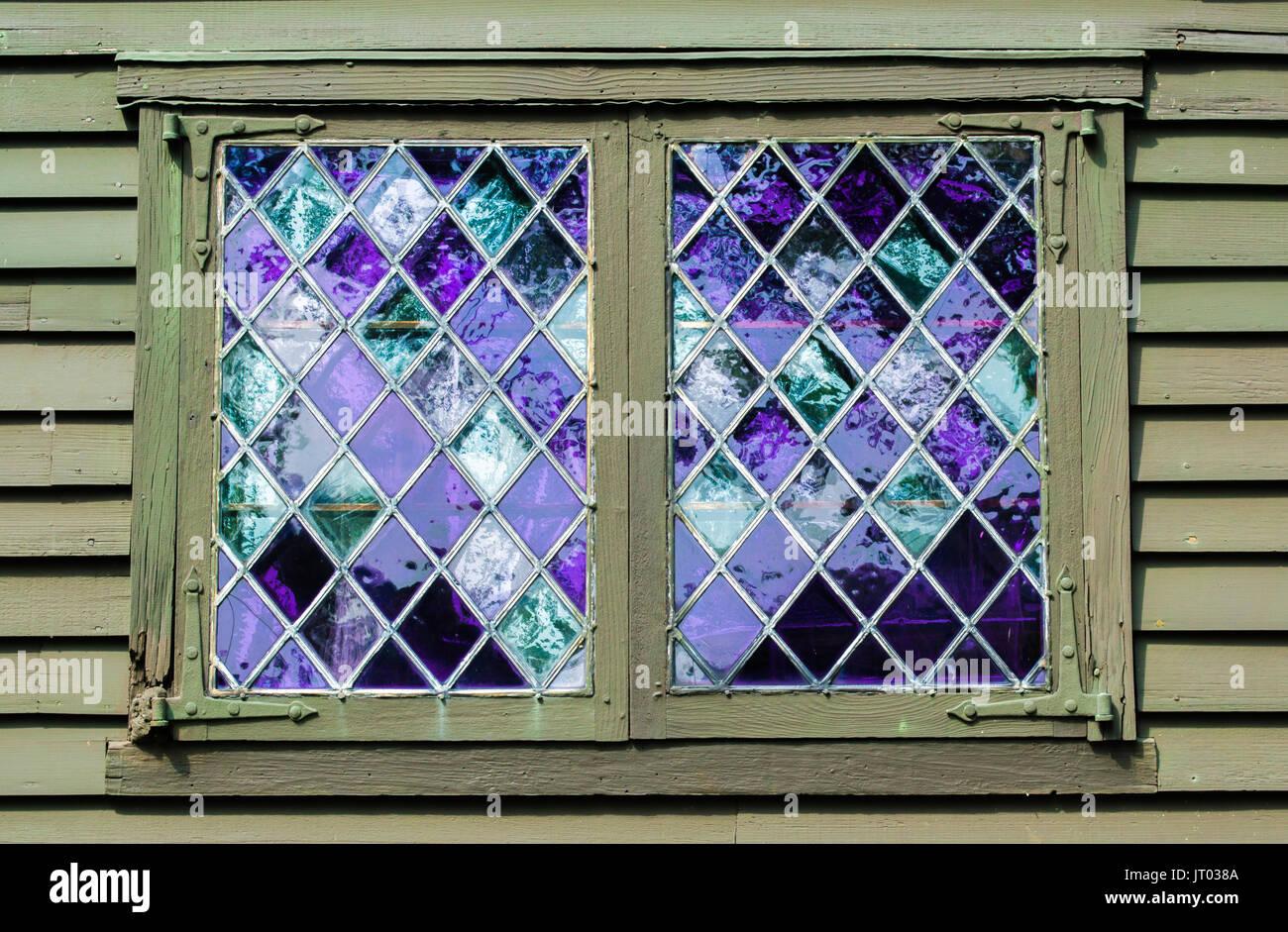 Window Panes Diamond